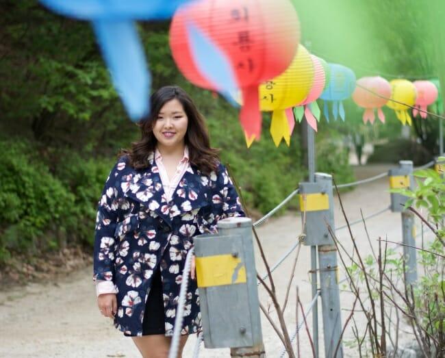 """Alina Shamsutdinova, Estudante Cazaquistanesa De 22 Anos Que Mora Em Seul, Diz Não Querer Que Os O Utros Sintam Pena Dela Devido Ao Body-Shaming Pelo Qual Passou Nos Sua Estádia Na Coréia. """"Eu Quero Mostrar Às Pessoas 'Eu Sou Quem Sou, E Eu Me Acho Linda, '"""" Ela Disse. (Crédito Da Foto: Alina Shamsutdinova)"""