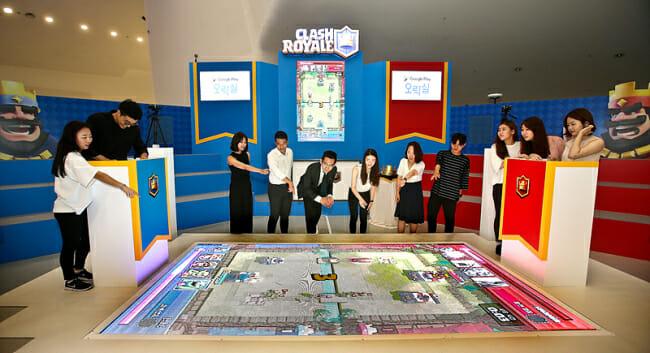 """Google Play Arcade"" Dongdaemun Design Plaza Em Seul. (Google Korea)"
