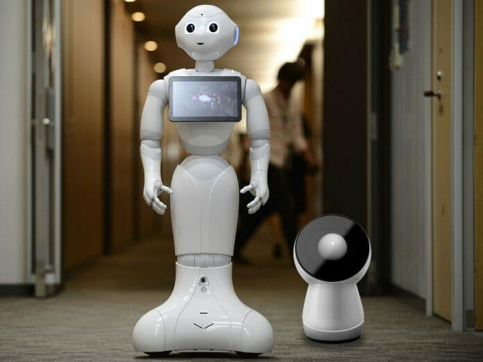 Os Robôs Jibo E Peper