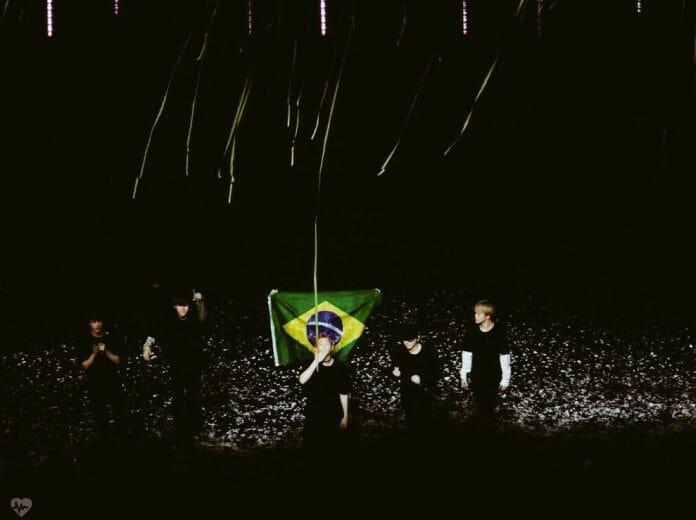 Bts Se Despede Do Brasil Com Lágrimas E Fortes Emoções