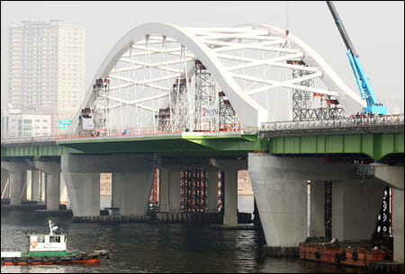 Ponte Yanghwa. Foto: The Korea Times.
