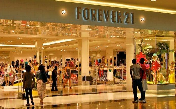 Forever 21 Do Shopping Morumbi, Em São Paulo. Foto: Sindivestuário