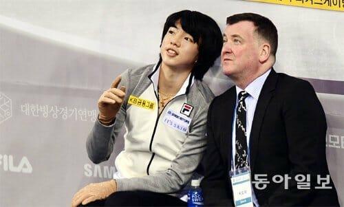 Cha Jun-Hwan E Seu Treinador, Brian Orser