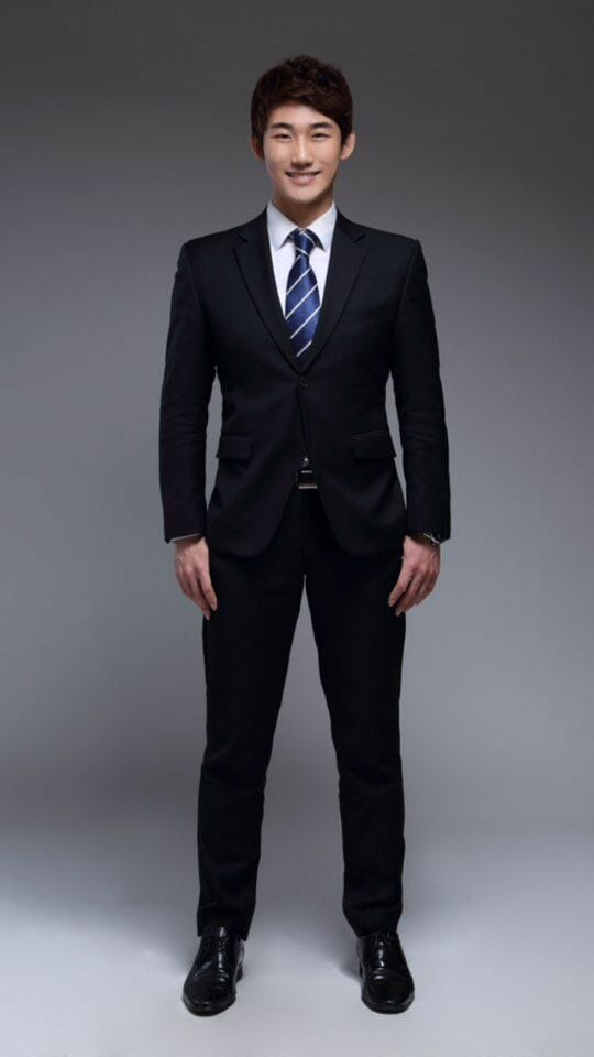 Young Tak Son, Jornalista, Apresentador E Youtuber Coreano [Entrevista]