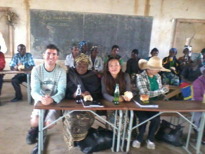 Em Uma Escola Na Zona Rural Do Malawi, Na África. Foto: Arquivo Pessoal.