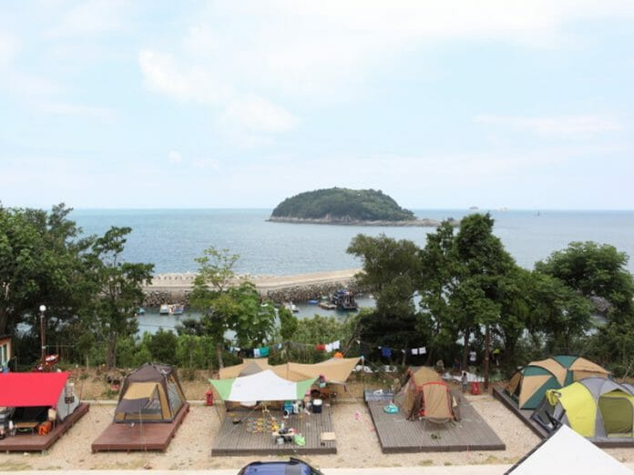 Acampamento Geumodo (Via: Korea Tourism Organization)