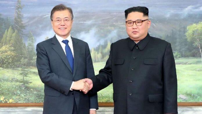 Moon Jae-In E Kim Jon-Un Em Reunião Na Coreia Do Norte, 2018. Foto: Casa Azul, Reuters.