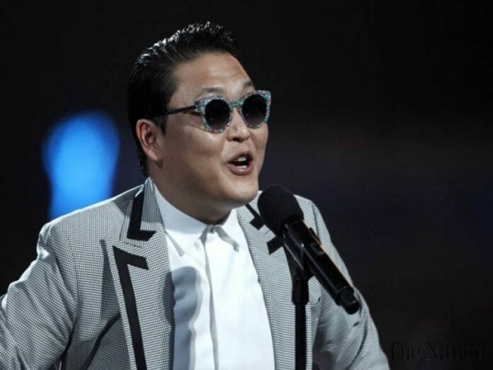 Psy Se Apresentando No Billboard Music Awards Em 2013. Foto: The Nation