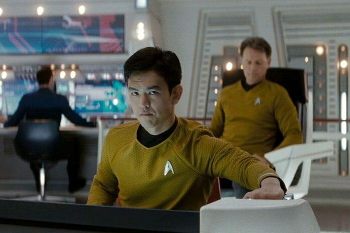 John Cho Deu Uma Versão Nova Ao Clássico Personagem De &Quot;Sar Trek&Quot; Hikaru Sulu. Foto. Vox.