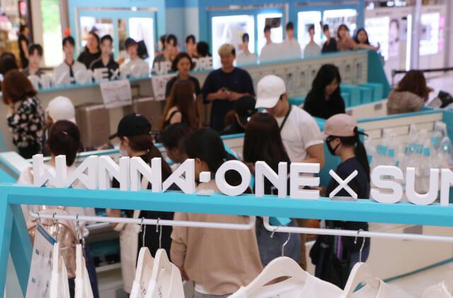 Loucura Global Por Itens De Kpop Faz A Coreia Repensar O Mercado