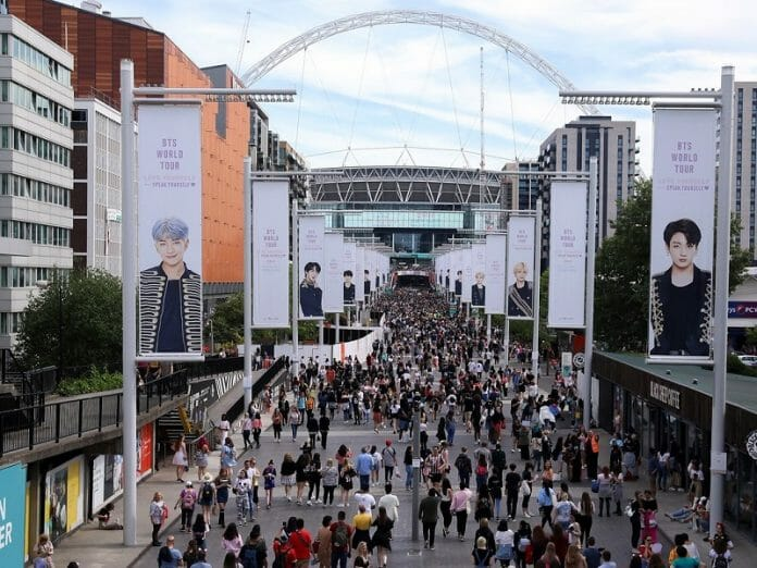 Bts Fala Sobre Seu Sucesso Antes Do Show No Wembley Stadium