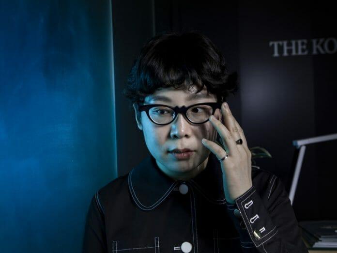 Kim Min-Ju, Vencedora Do Reality De Moda Do Netflix Fala Sobre Sua Marca