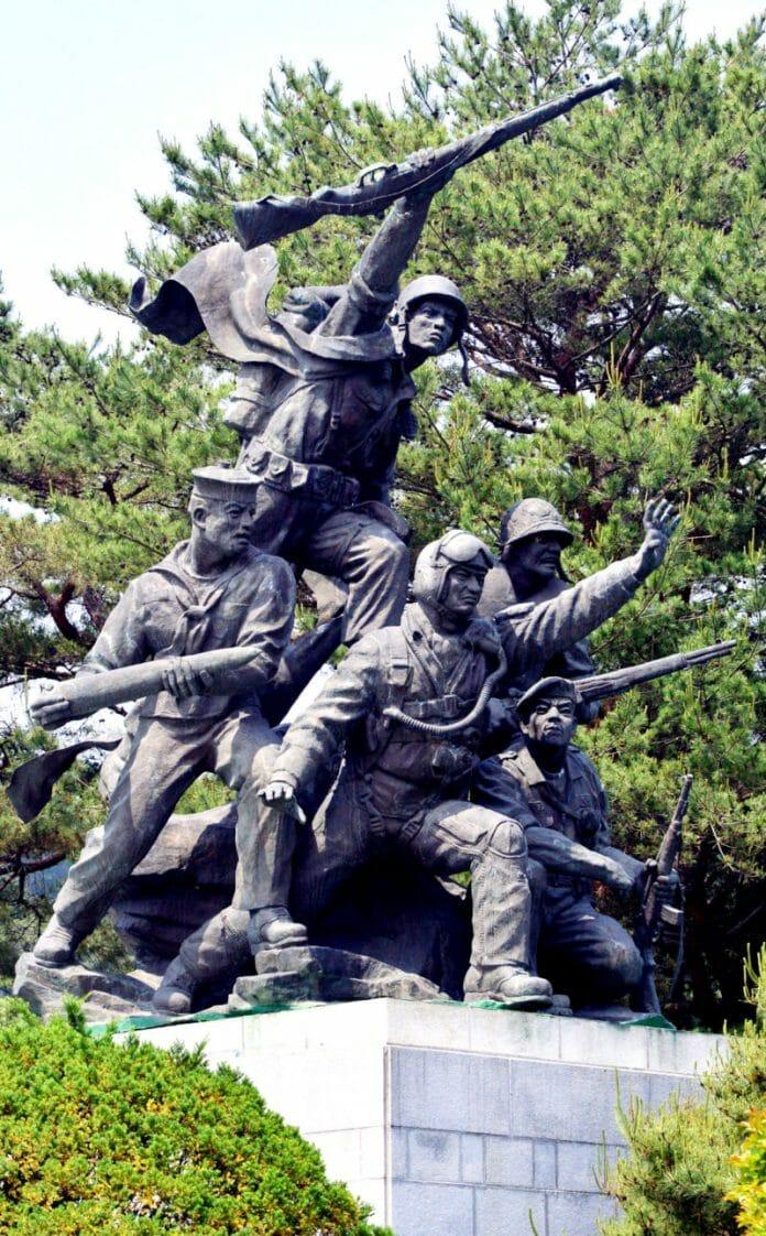 Cemitério Nacional De Seul Guarda A Memória Dos Bravos