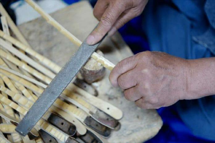 Antiga Tradição Sul Coreana É Mantida Por Mestre Artesão