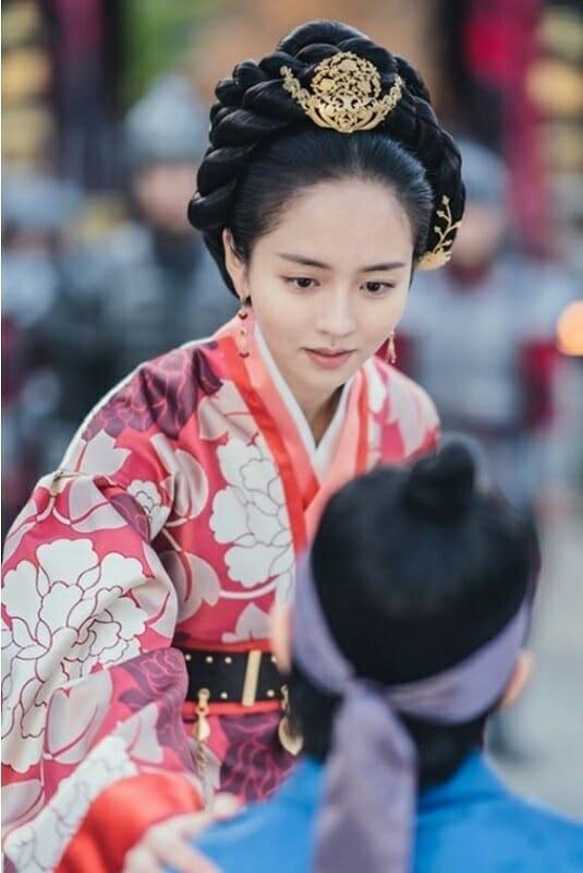 Kim Soung-Eun, A Designer Por Trás Das Belíssimas Joias Dos Dramas Históricos
