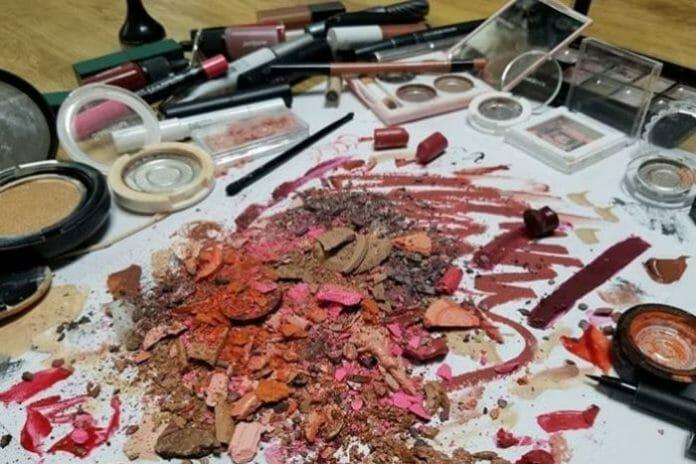 A Nação Do K-Beauty Começa A Questionar Seus Padrões De Beleza