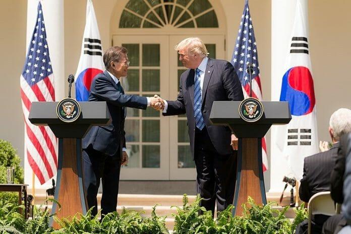 Presidente Moon Jae-In Visita Casa Branca Dia 21 De Maio
