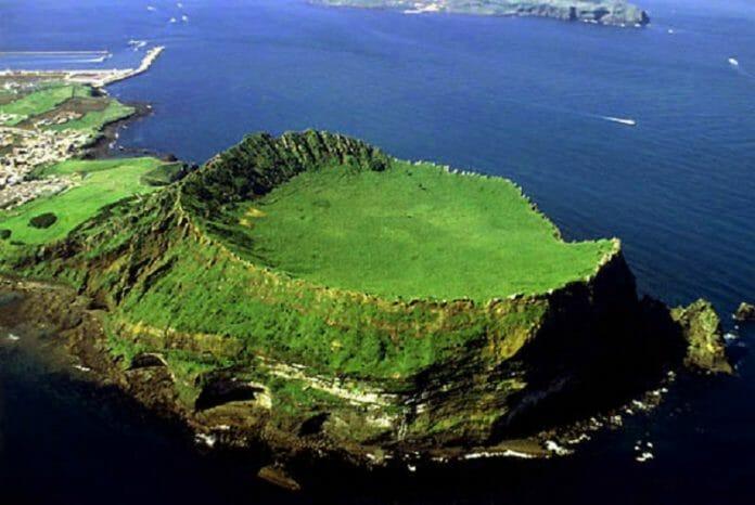 Ilha De Jeju. Por Que Turistas E Moradores Andam Descontentes?