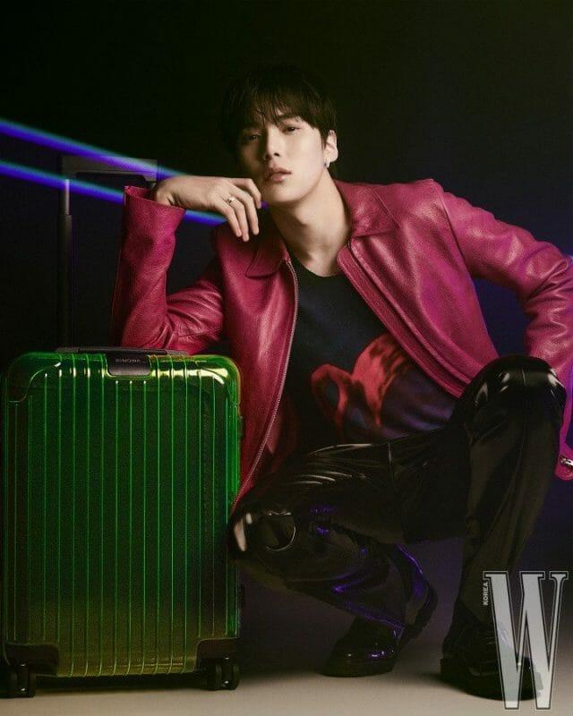 Shownu E Minhyuk Do Monsta X Se Juntam À Marca Rimowa Para A 'W Korea'