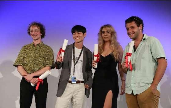 Diretor Sul Coreano Estreante Recebe Dois Prêmios Em Cannes 2021